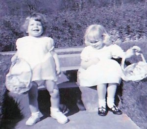 Easter1964_Teresa-and-Lisa