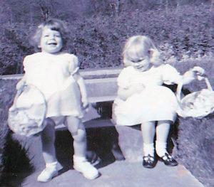 Easter1964_Teresa-and-Lisa